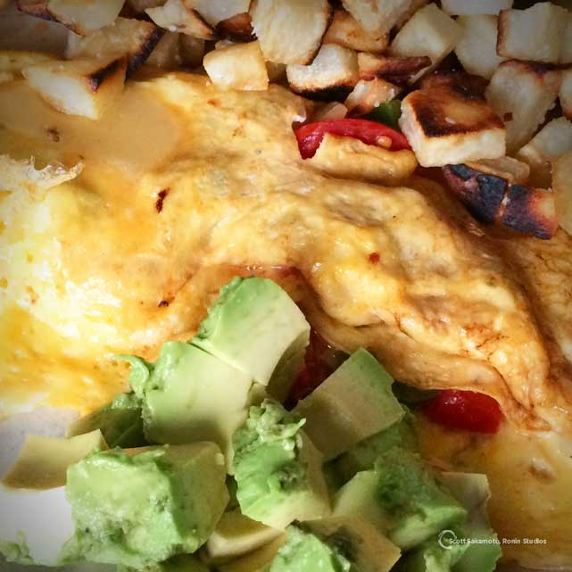Breakfast, Eggs, Jalapeno, Pepper Jack Cheese, Tomato, Avocado, Hash Browns